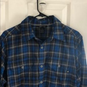 Marmot long sleeve button up shirt size Medium